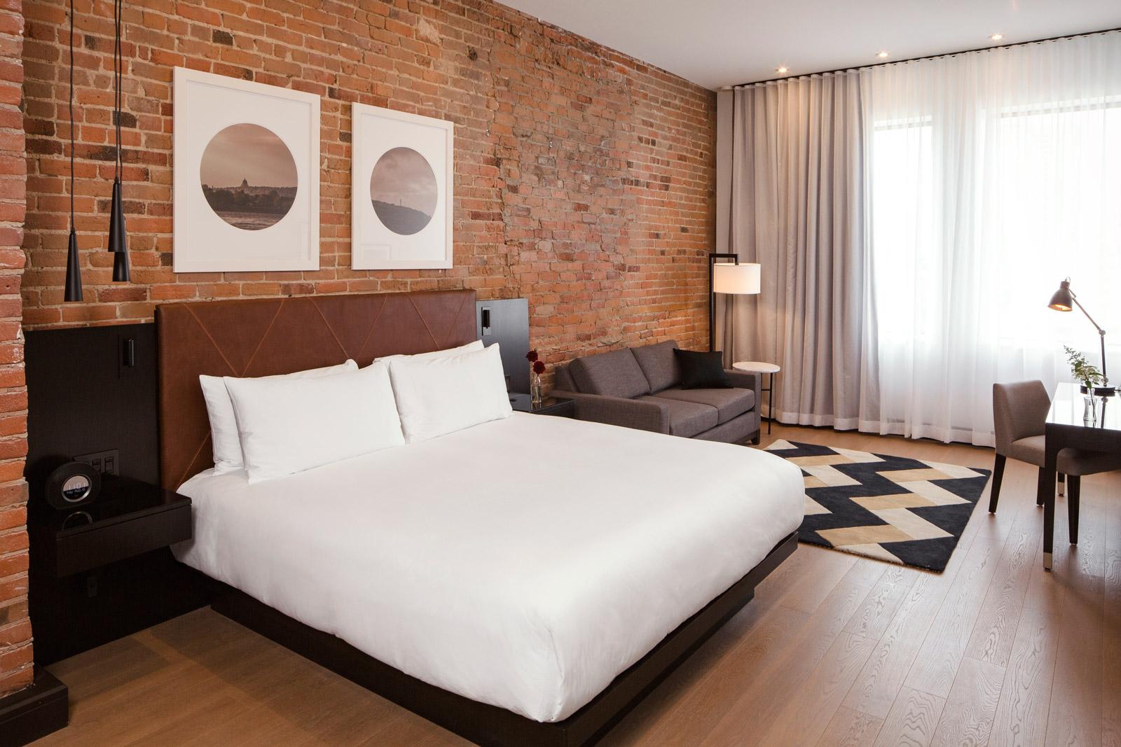 Chambre Deluxe avec très grand lit